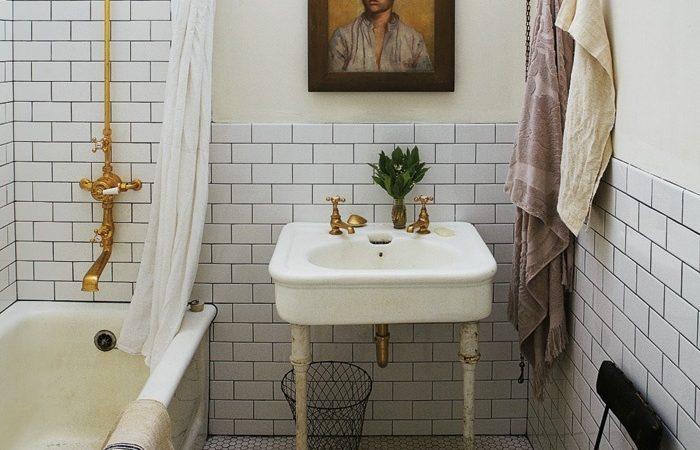 astuces pour r nover une salle de bains moindre co t une maison r nover. Black Bedroom Furniture Sets. Home Design Ideas